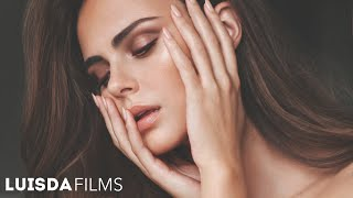 DON'T FORGET TO SUBSCRIBE. Xenia Deli. ▻SONG: RÜFÜS - Innerbloom (T...