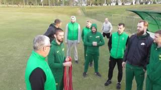 Pirmoji rinktinės treniruotė Brazilijoje - futbolo stadione