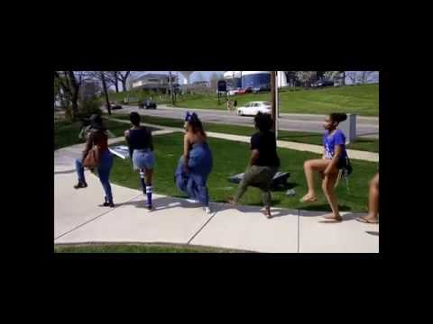Zeta Phi Beta and Sigma Gamma Rho Strolling at Kent State FOF Cookout from YouTube · Duration:  2 minutes 12 seconds