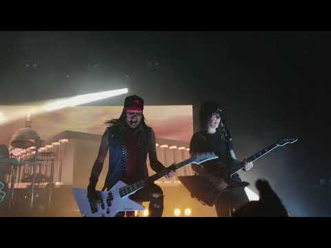 Black Veil Brides - Wake Up ( Live 2018 )