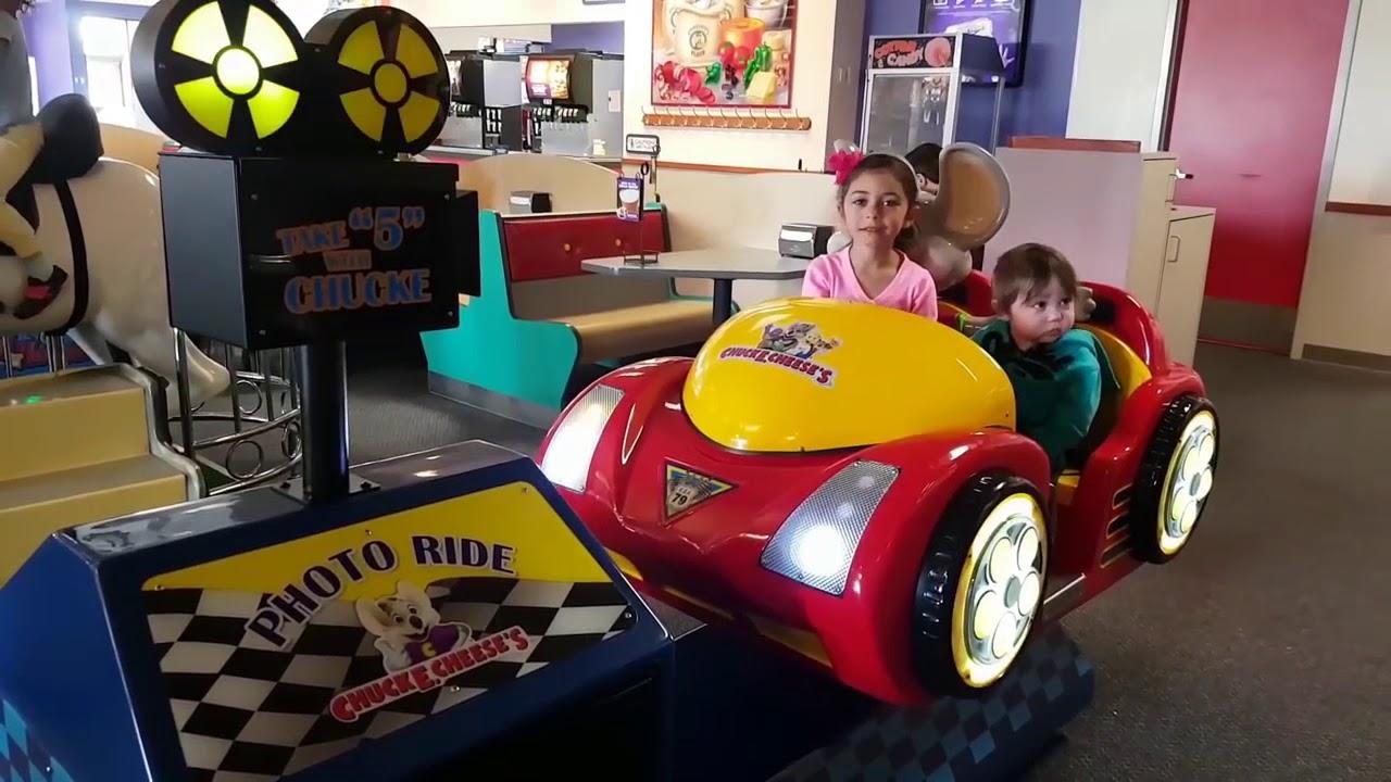 Khu Vui Chơi Trẻ Em Tại Mỹ Chuck E Cheese – Nhiều Trò Chơi Mỹ Hấp Dẫn 2