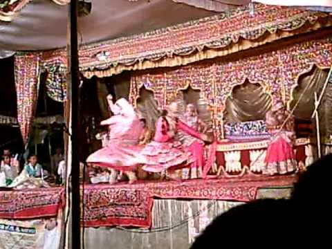 Artist being performed at Sahatwar