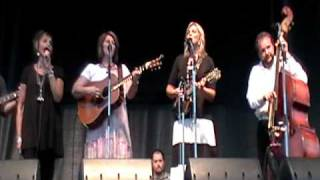 The Isaacs - Bluegrass Gospel Medley - Romp 2010