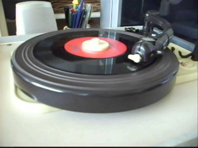 Veronica sounds of the 60's (Max Woiski jr-Je bent nog niet gelukkig) 45rpm,gefilmd door M. Torringa
