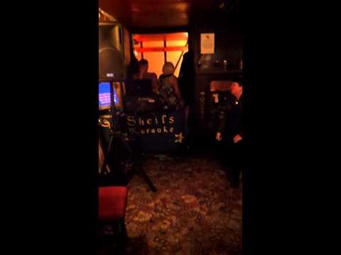 Karaoke fail with Elvis Presley In the Ghetto