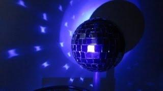Как Сделать Зеркальный Диско Шар с Мотором Своими Руками на Новый Год / Поделки Sekretmastera(Показано как сделать самодельный зеркальный диско шар своими руками с бюджетным электроприводом Подробно..., 2013-02-15T20:17:46.000Z)