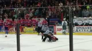 Hockey Fight - Spokane Chiefs vs. Everett Silvertips
