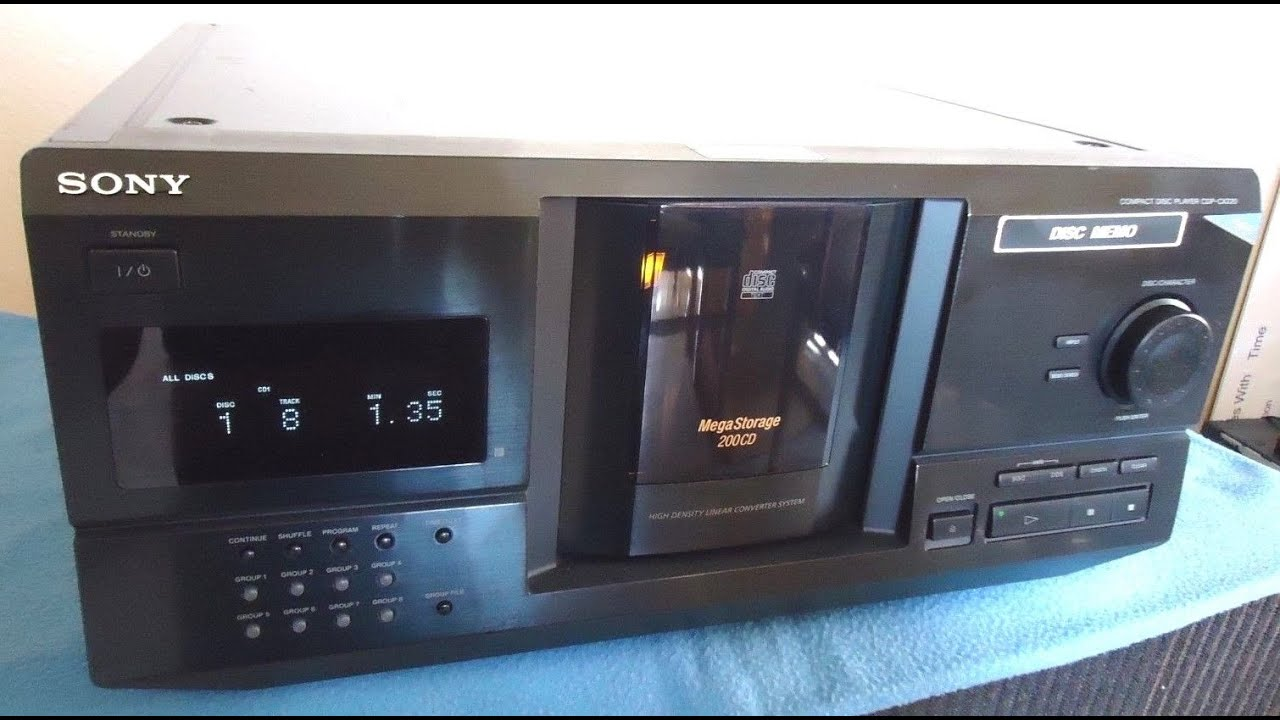 sony cdp cx220 compact disc player mega storage 200 cd s youtube rh youtube com Sony 300 CD Player Problems New Sony 300 CD Changer
