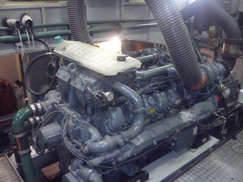 Towboat MUSTANG , Engine room , MAN-Marine Diesel 2x 588 kW