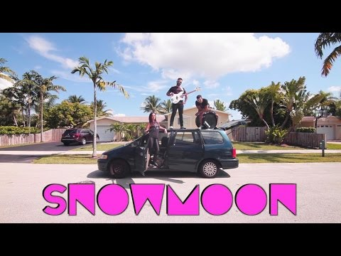 "SNOWMOON ""Cake"" (Official Music Video)"
