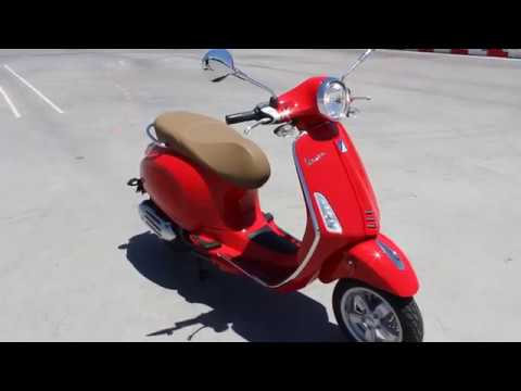 2018 vespa primavera 150 red youtube. Black Bedroom Furniture Sets. Home Design Ideas