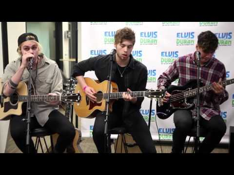"""5 Seconds Of Summer - """"Hey Everybody!"""" Acoustic   Elvis Duran Live"""