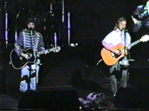 indigo girls: 1992-06-04 the beacon theater - new york, new york