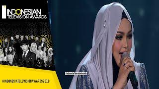 Cantiknya Siti Nurhaliza Menyanyikan Lagu