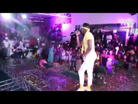 Download Diamond platnumz - Live Performance at VIP POOL PARTY (B- CLUB, NAIROBI)