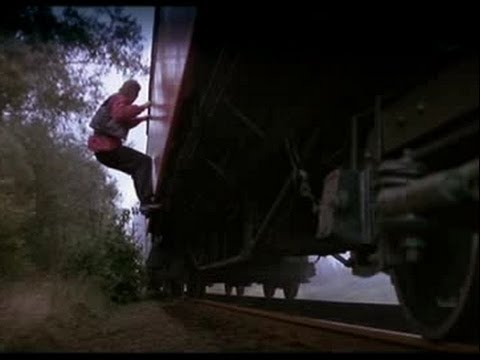 OCTOPUSSY train scenes + music (James Bond 1983)