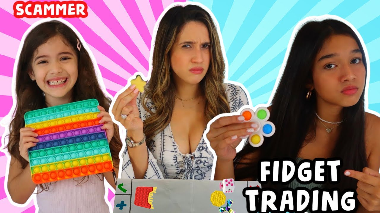 TRADING FIDGET TOYS WITH MY MOM & SISTER!! BELLA SCAMMED US!!!😱🤣