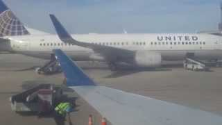 United Airlines flight landing at San Antonio Airport