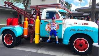 Диснейленд в США День 1 Гонки на Тачках Хэллоуин Русалочка Горки Disneyland Magic Kingdom for kids
