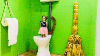 Дом Великана Алина и Юляшка играют в гигантские игрушки