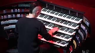 Cameron Carpenter - Bach's Fugue in B Minor (Live at SFJAZZ)