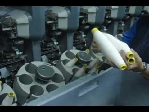 6634cb38ac Cómo se fabrica la tela de los Jeans  - YouTube