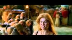 Laetitia Casta (Falbala) in Astérix Et Obélix Contre César 1999 - part 1/5