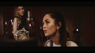 Смотреть клип Sign Of The Times - Harry Styles | Cover By Jasmine Thompson And Sabrina Carpenter