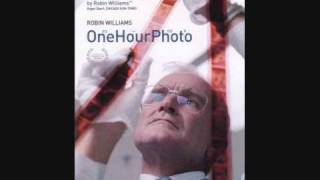 """Video End Credits Music from the movie """"One Hour Photo"""" download MP3, 3GP, MP4, WEBM, AVI, FLV September 2017"""