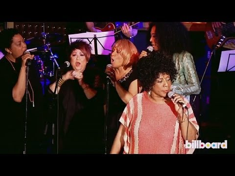 The Cast of Twenty Feet From Stardom Belt Out Gimme Shelter