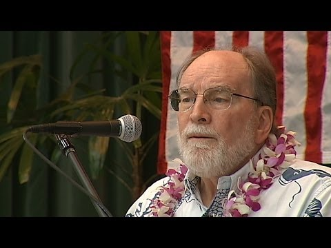 Gov. Abecrombie addresses Hawaii Co. Democrats in Hilo
