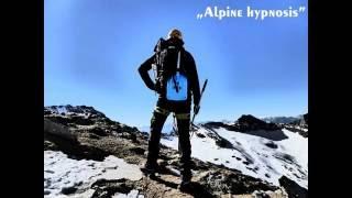 Ascent to Hochfeiler (Gran Pilastro), 3509m -