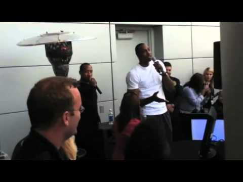 Karaoke singing with Dwight Howard and Chris Duhon
