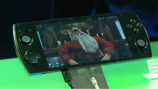 3D Phone That Looks & Plays Like a PlayStation Vita : The Snail W3D - CES 2015