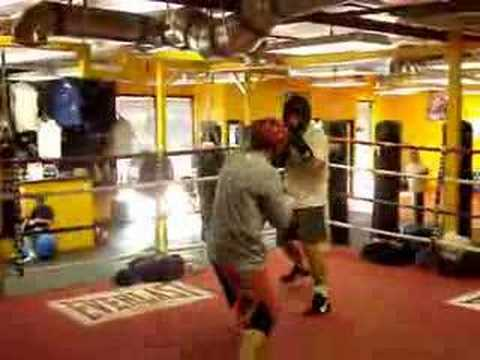 John Pendleton & Edwin Louis Light Sparring Match - YouTube