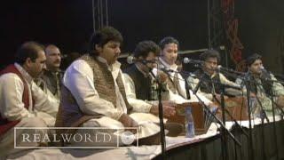 Rizwan-Muazzam Qawwali - Allah Ho Ya Rehman (live at WOMAD Rivermead 2000)