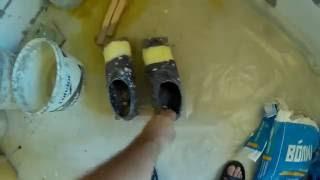 видео цементная стяжка после обработки жидким стеклом