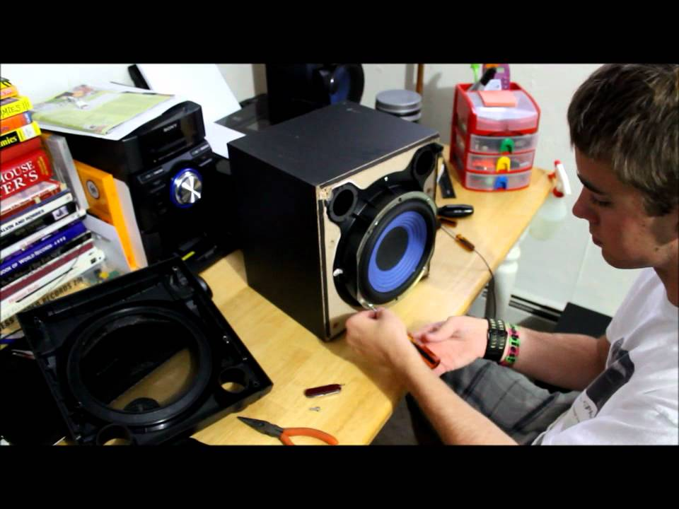 Sony MHC-EC909iP Subwoofer take apart