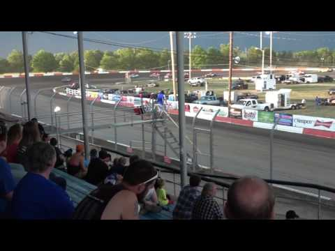 Beatrice Speedway   Hobby Stock A Feature 6.16.2016