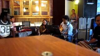chyangba hoi chyangba (instrumental) @ Sagun Nepal Ravintola, Helsinki