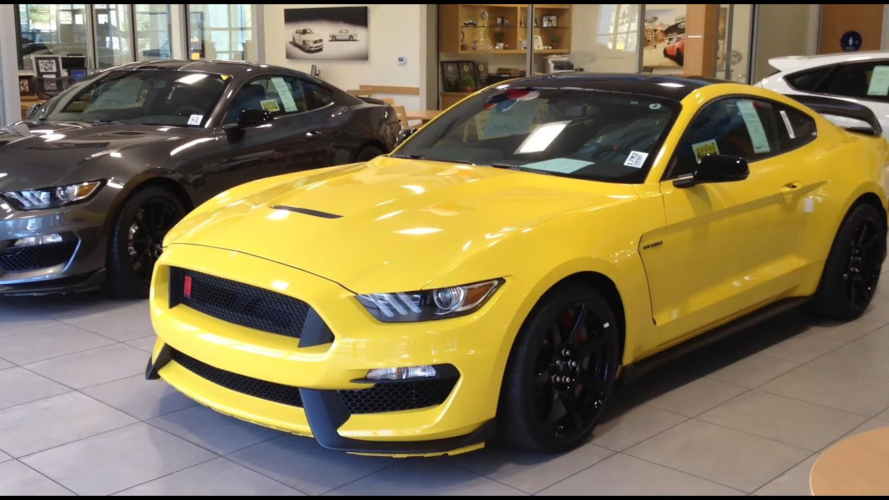2017 ford mustang shelby gt350r in triple yellow