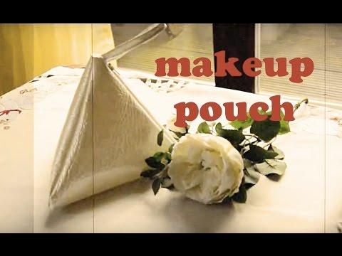 diy-makeup-pouch:triangle-zipper-pouch-tutorial