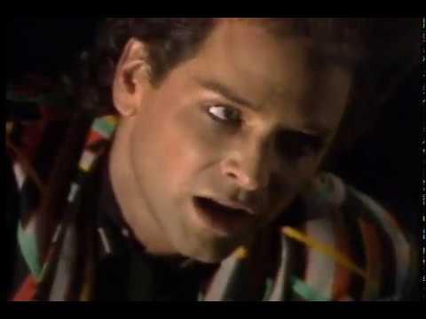 Клип Lindsey Buckingham - Go Insane