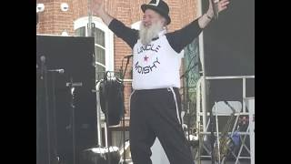 Uncle Moishy sings at BPJCC