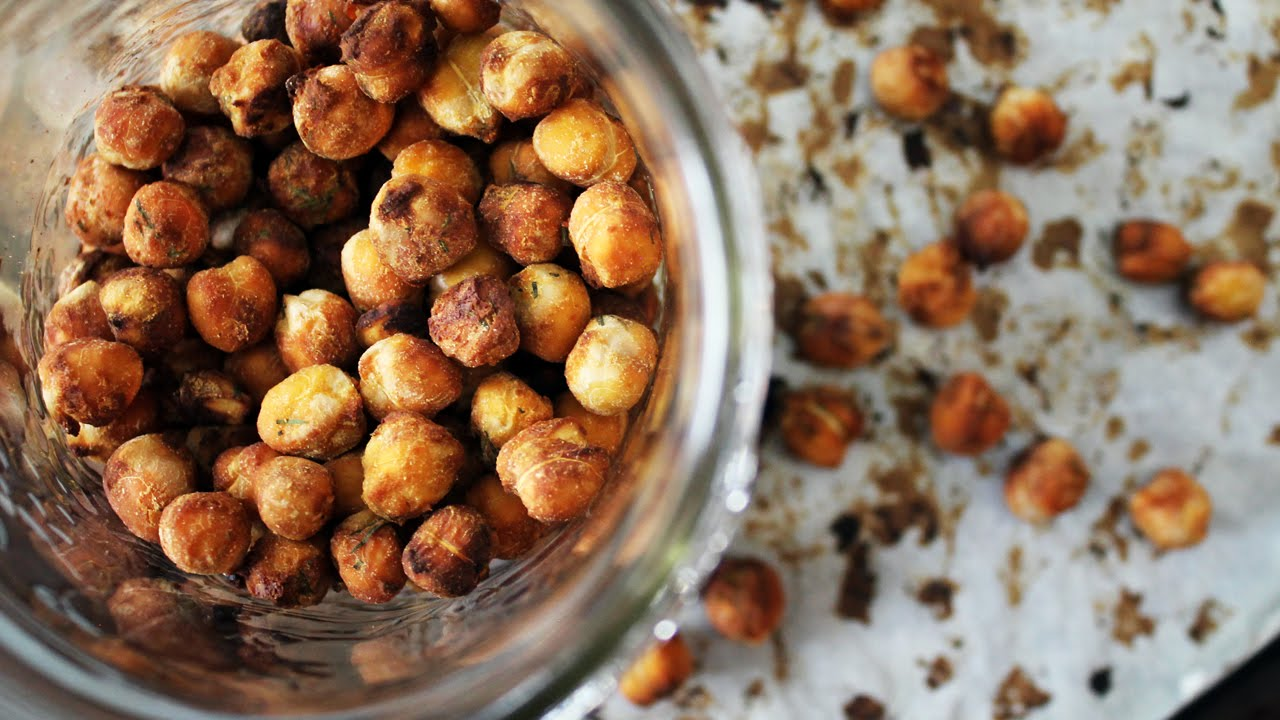 CRUNCHY ROASTED CHICKPEAS RECIPE // Tangy Dill Flavour | Mary's Test Kitchen