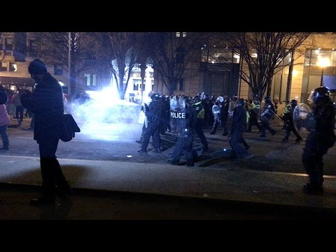 Inauguration 2017 - Chaos on K St - Protesters vs Police