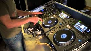 Dj Tutorial. How to mix ,chop old school tunes