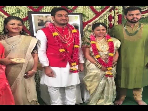 Download - Minister Bhuma Akhila Priya Stunning Marriage photos with