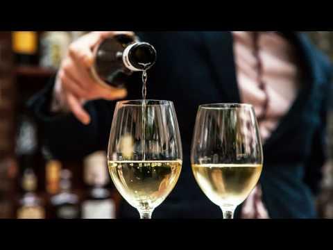Как быстро отбить запах алкоголя?