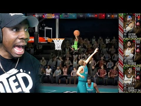 tiny HOLIDAY ELF JUMPING OVER OPPONENT TO DUNK! NBA Live Mobile 19 Season 3 Ep. 28